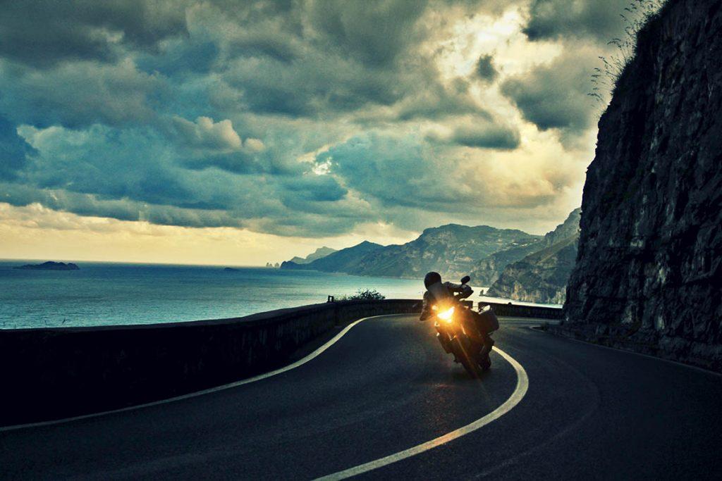 costiera amalfitana-moto