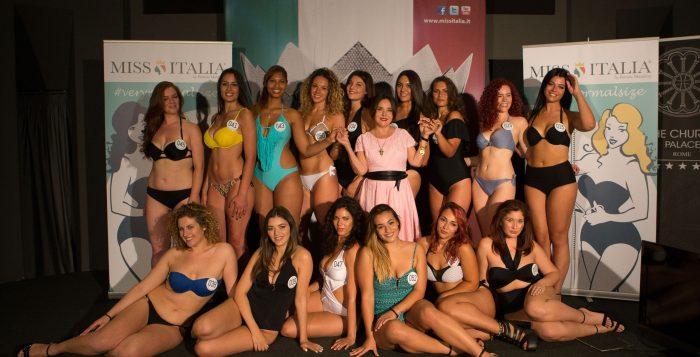 """Miss Italia, le curvy verso la """"democrazia delle taglie"""""""